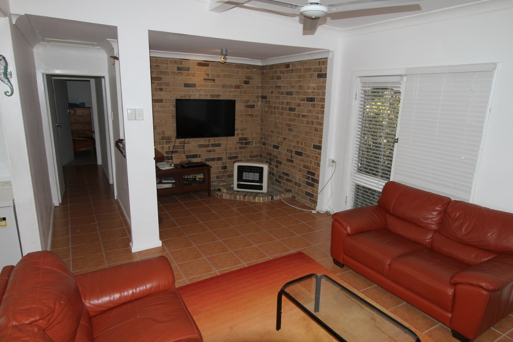 15 Greenwell Street, CURRARONG, NSW 2540
